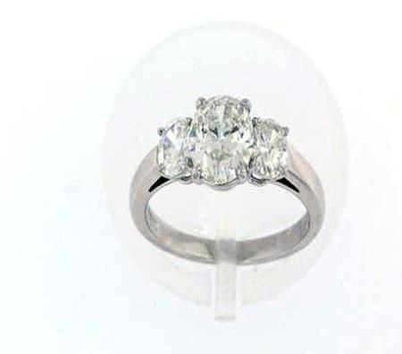 Platinum Oval Diamond Engagement Ring                               F5050