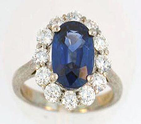 18kt White Gold Sapphire Diamond Ring        07-00075