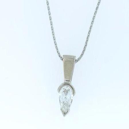 18k White Gold Pear Shaped Diamond Pendant                 41-00009